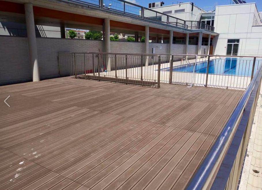 Suelos de exterior de madera sint tica para jard n for Cubrir suelo terraza