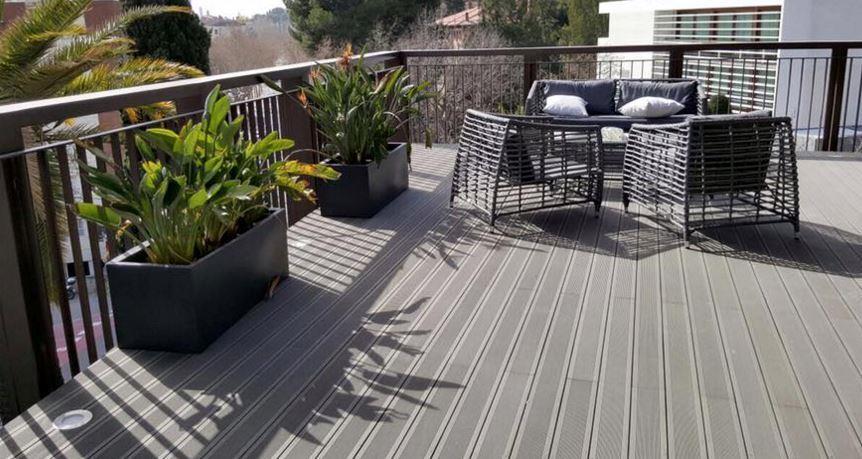 Decksystem tarima tecnol gica suelos composite para exterior - Suelos de jardin exterior ...