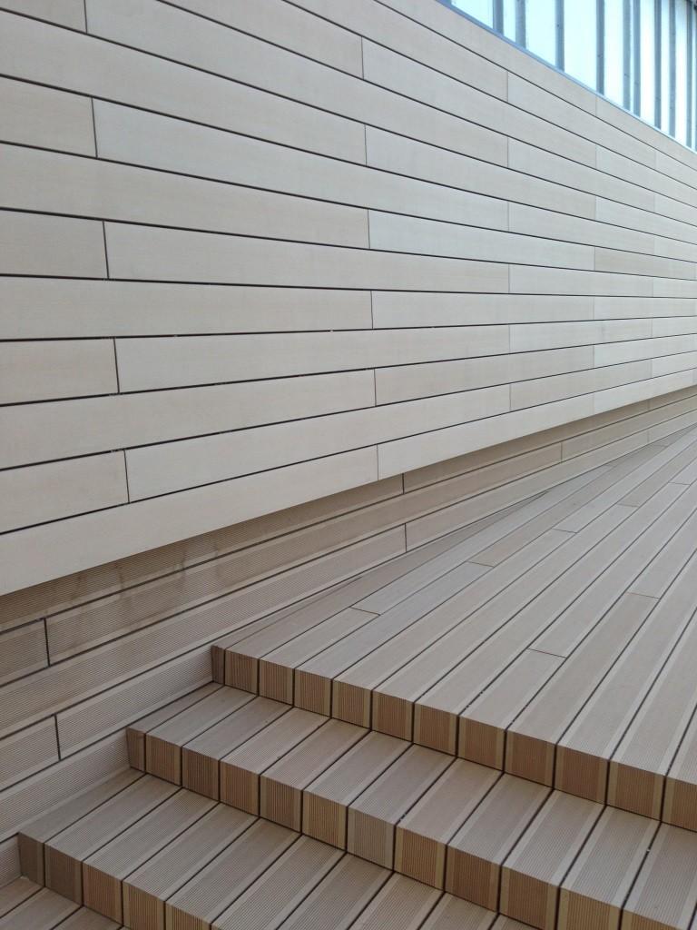 Fachadas ventiladas exteriores paredes madera sint tica - Madera para paredes ...