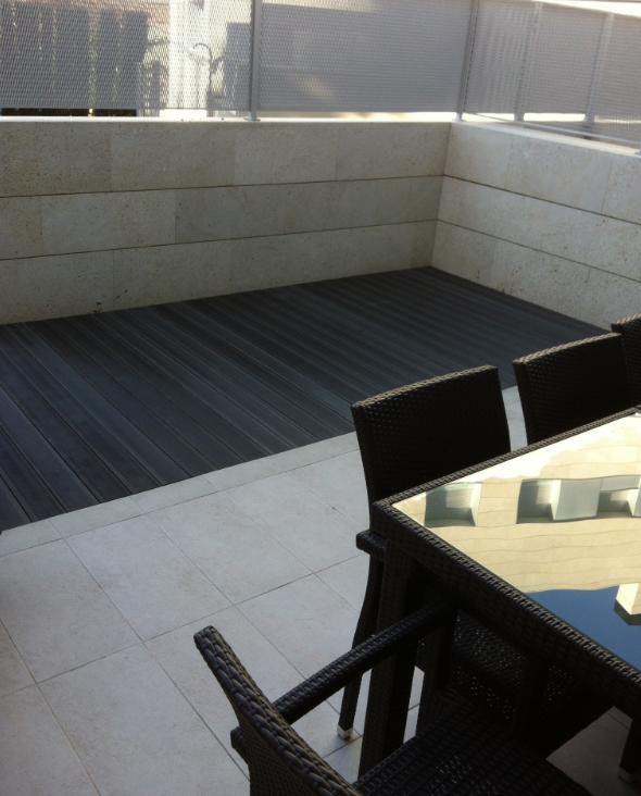 Suelo para terraza exterior pavimento exterior de barro for Poner suelo terraza exterior